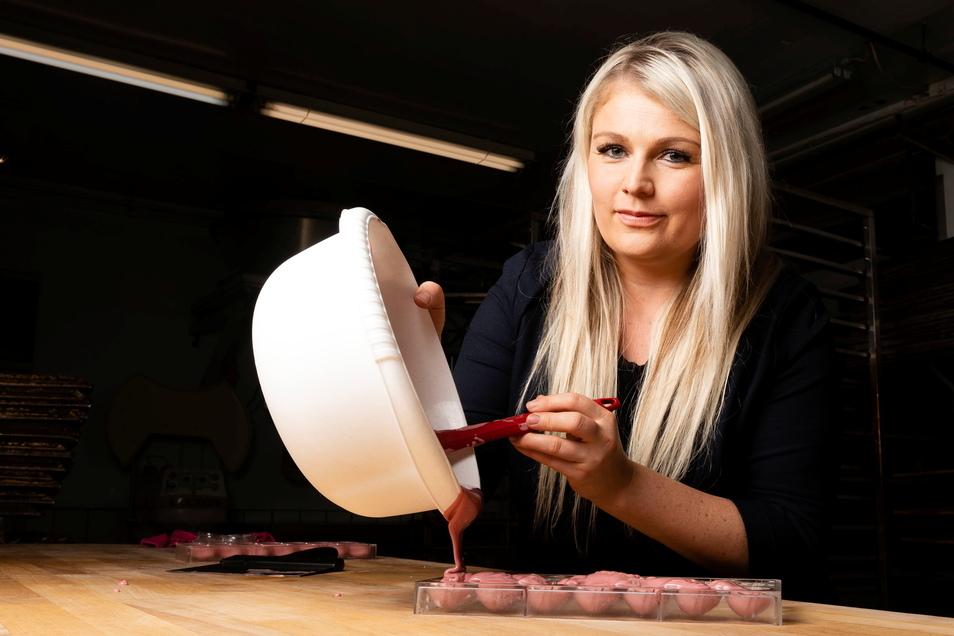 Sachsens einzige Schoko-Sommeliere Sarah Gierig aus Neustadt ist bekannt für ihre kreativen Ideen.