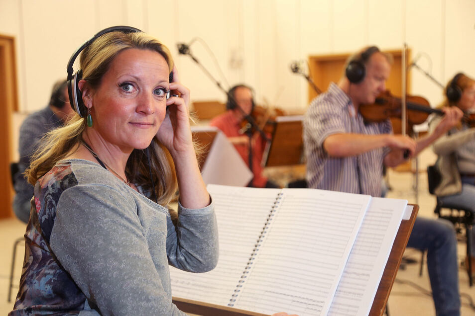 Silvana Mehnert singt nicht nur beim A-Capella-Quartett Medlz, sondern ist auch die Solokünstlerin Miss Rockester.