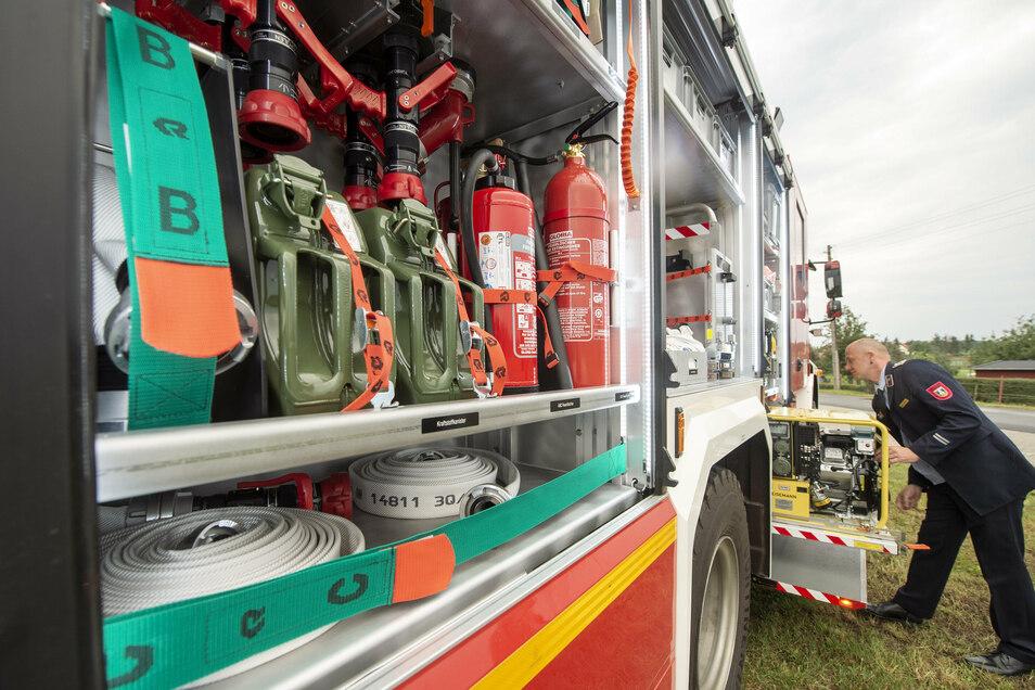 Vor gut vier Wochen war das neue Katastrophenschutz-Fahrzeug an seinem derzeitigen Standort in Steinbach getauft worden. Jetzt sorgt es für Aufregung.