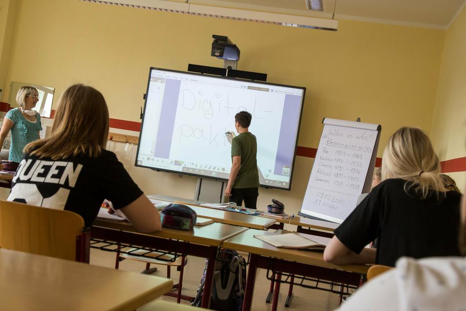 In der Oberschule in Niesky wird schon digital gearbeitet. Weitere Technik soll folgen. Voraussetzung ist aber ein leistungsfähiges Netzwerk. Das muss als erstes kommen.