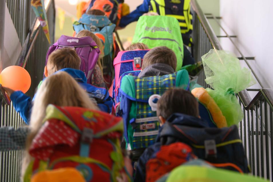 Auch im neuen Schuljahr ist die Zahl der Kinder, deren Einschulung um ein Jahr verschoben wird, im Vergleich zu den Vorjahren etwas gestiegen.