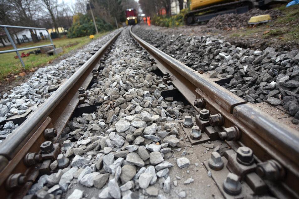 Schottern der Gleisanlage der Soeg in Zittau.
