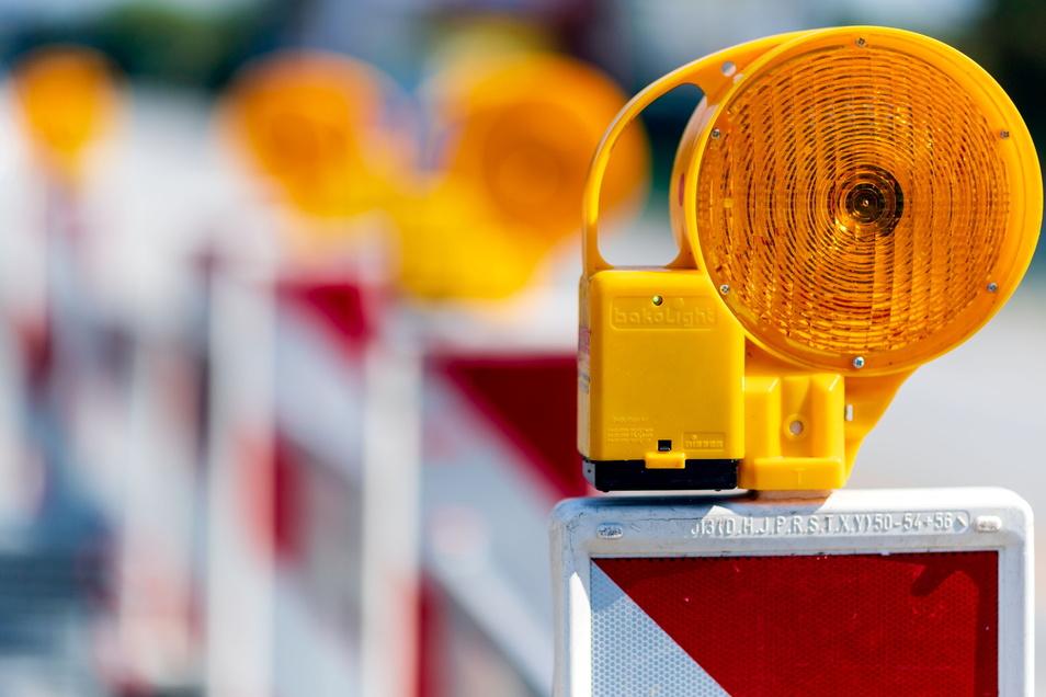 Auf der Straße zwischen Burkau und Säuritz wird die Fahrbahn erneuert. Sie wird daher voll gesperrt.