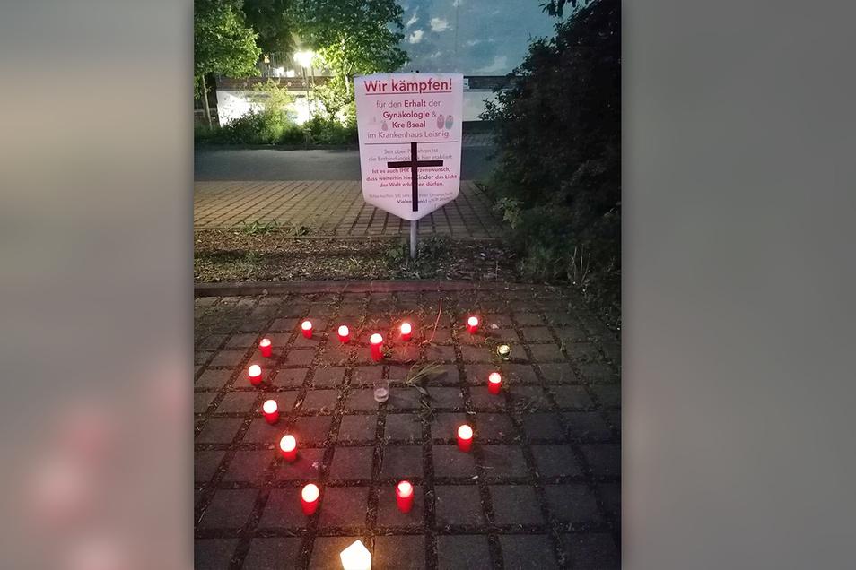 """Der Protest gegen die Schließung der Geburtsstation  an der Helios-Klinik in Leisnig ist wieder """"aufgeflammt""""."""