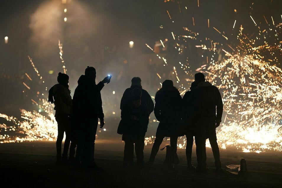 Silvester - das ist auch traditionell mit einem Feuerwerk zur Begrüßung des neuen Jahres verbunden.