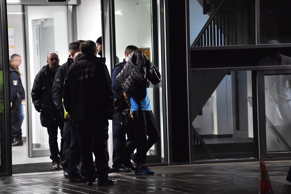 Gregor S. bei seiner Festnahme am 19. November 2019 in der Schlosspark-Klinik.
