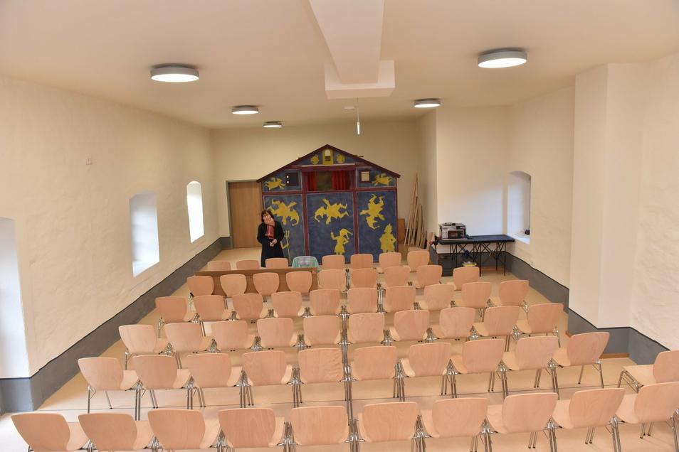 Das ist der Spielboden, den Museumsleiterin Gabriele Gelbrich auch für Puppentheateraufführungen nutzen möchte.