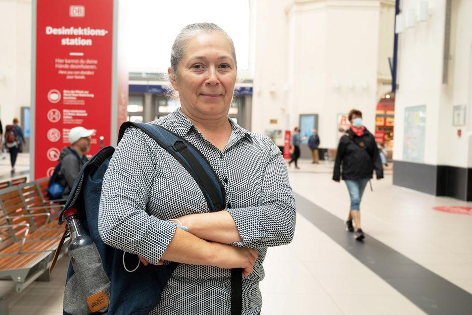 Gemeinsam mit ihren drei Freundinnen möchte Ludmilla Wied aus dem Münsterland wieder nach Hause. Doch ihre Fahrt verzögert sich um einen Tag.
