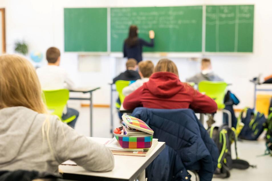 Seit Montag haben Oberschüler, Gymnasiasten und Berufsschüler in Sachsen wieder Präsenzunterricht.