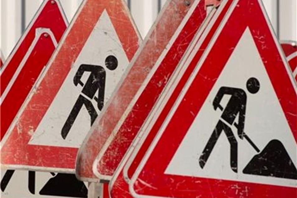 Die Verkehrsbetriebe starten Bauarbeiten auf einer großen Neustadt-Kreuzung.