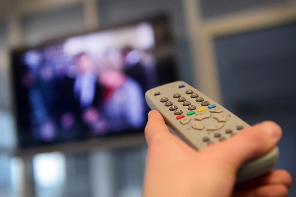 Der Rundfunkbeitrag von derzeit 17,50 Euro soll auf 18,36 Euro steigen.