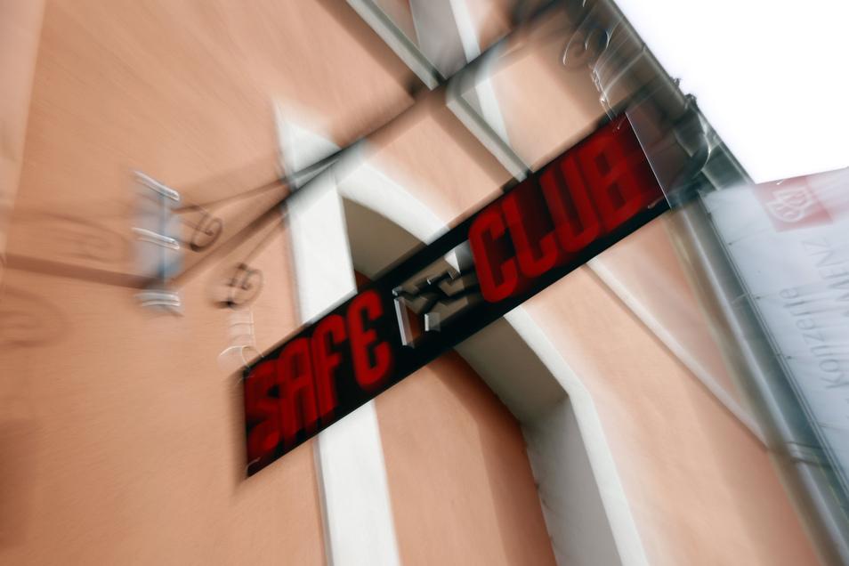 Im Kamenzer Stadttheater gibt es Ärger mit dem Brandschutz. Davon betroffen ist auch der Jugendclub Safe, der dort sein Domizil hat.