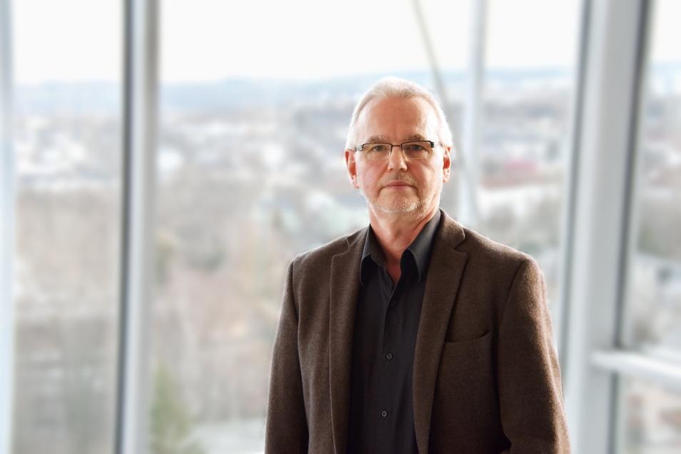 Dr. Thomas Grünewald ist Vorsitzender der Sächsischen Impfkommission und leitet die Klinik für Infektionsmedizin am Klinikum Chemnitz.