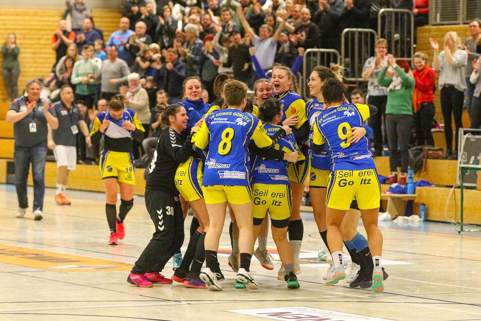 So haben die Görlitzer Handballerinnen in dieser Saison in echt gejubelt. Vielleicht klappt es jetzt auch im virtuellen Spiel gegen die Koweg-Männer?