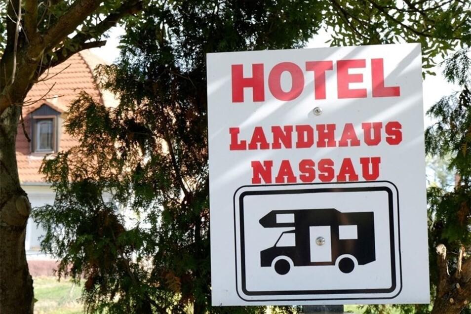 Am Landhaus Nassau gibt es 20 Plätze. Wohnmobilisten (zwei Personen) zahlen hier 13 Euro am Tag.