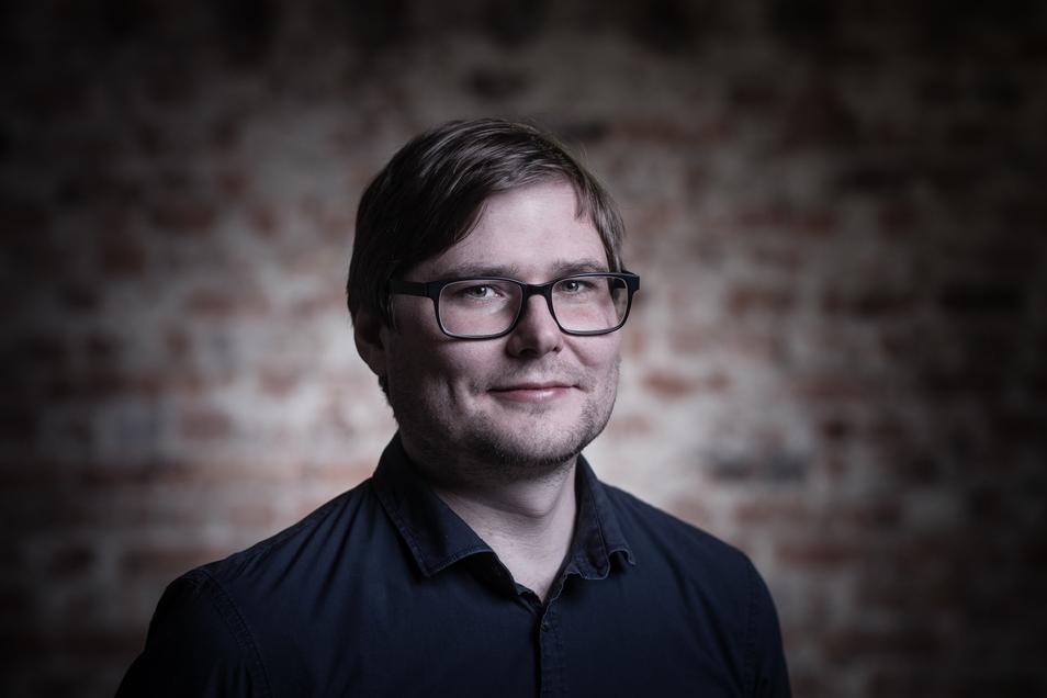 Autor Michael Bittner geboren 1980 in Görlitz, ist Schriftsteller. Er studierte Germanistik und Philosophie an der TU Dresden und ist Mitbegründer der Dresdner Lesebühne Sax Royal.