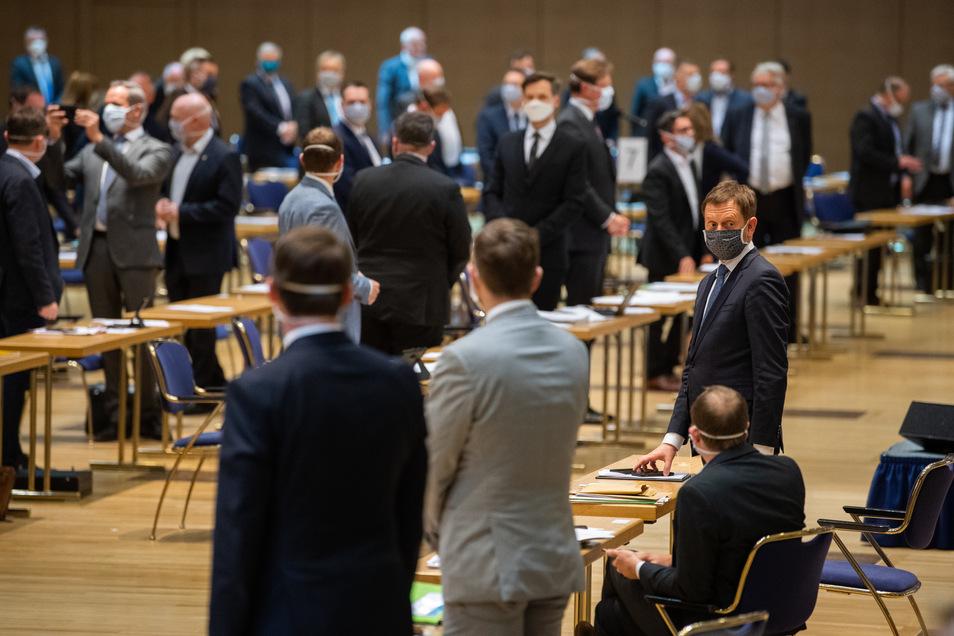 Erstmals seit 1993 tagte der Landtag nicht in seinem offiziellen Plenarsaal.