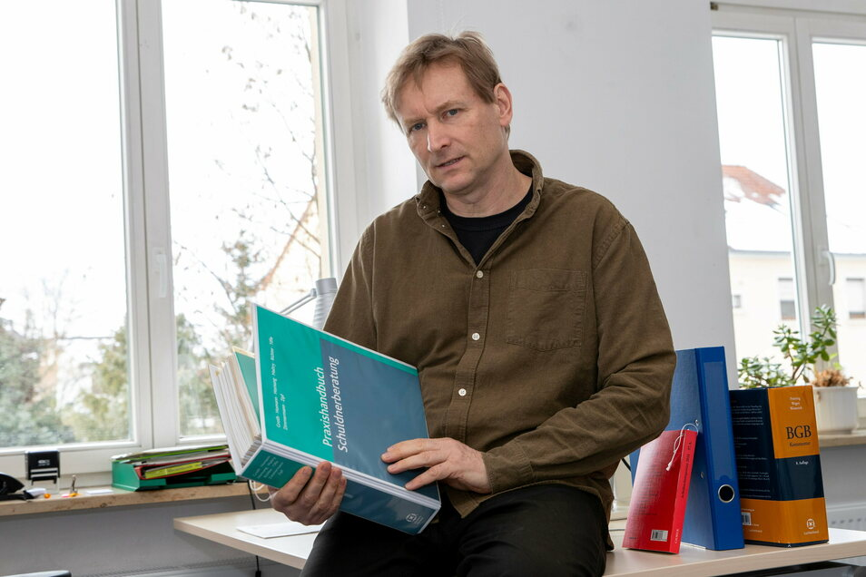 Menschlich bleiben und souverän: Schuldnerberater Jens Heinrich ist überzeugt, es findet sich fast immer ein Weg.