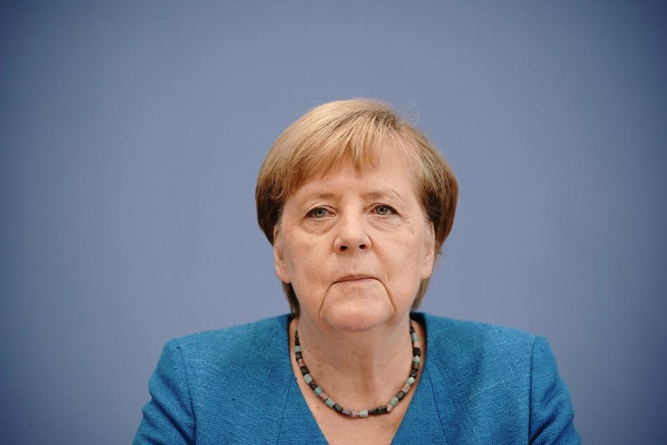 """Bundeskanzlerin Angela Merkel (CDU) hatte am Mittwoch von einem """"versuchten Giftmord"""" an einem der führenden Oppositionellen Russlands gesprochen."""