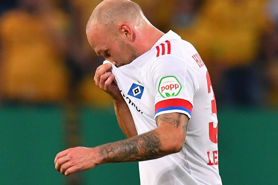 An die eigene Nase packen!? Toni Leistner hat sich für seine Attacke öffentlich entschuldigt. Die Strafe vom DFB will er allerdings nicht hinnehmen.