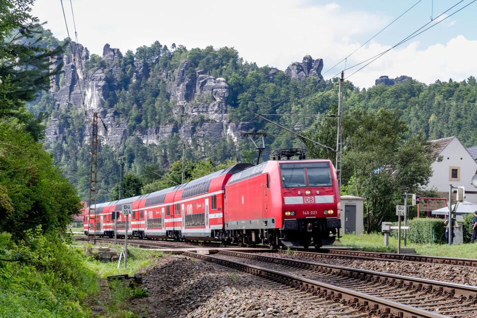 Die S-Bahnen verursachen wenig Lärm, die zahlreichen Güterzüge jedoch sind laut, Lärmschutz ist im Elbtal unbedingt nötig.