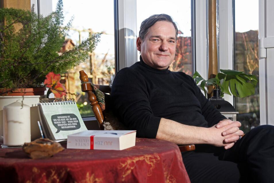 Dirk Erler aus Staucha will Bürgermeister in Stauchitz werden. Der Jurist ist einer von sieben Kandidaten.