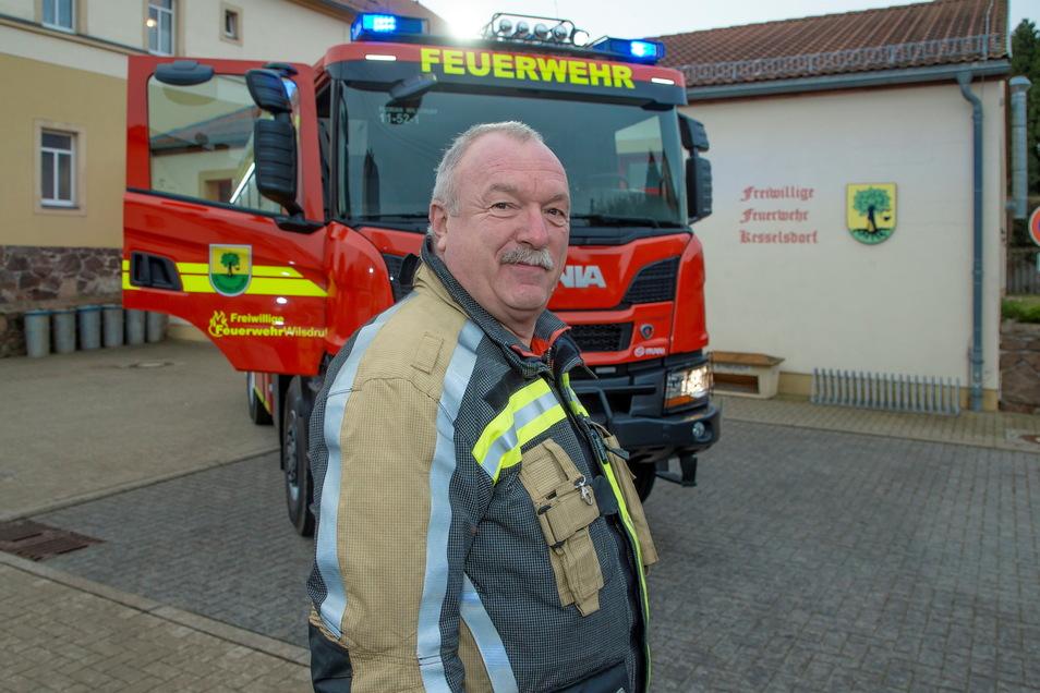 Wilsdruffs Stadtwehrleiter Falk Arnhold ist froh, dass der Wilsdruffer Feuerwehr der Rüstwagen zur Verfügung steht. Dieser war bei den Einsätzen auf der A4 schon mehrmals eine große Hilfe.
