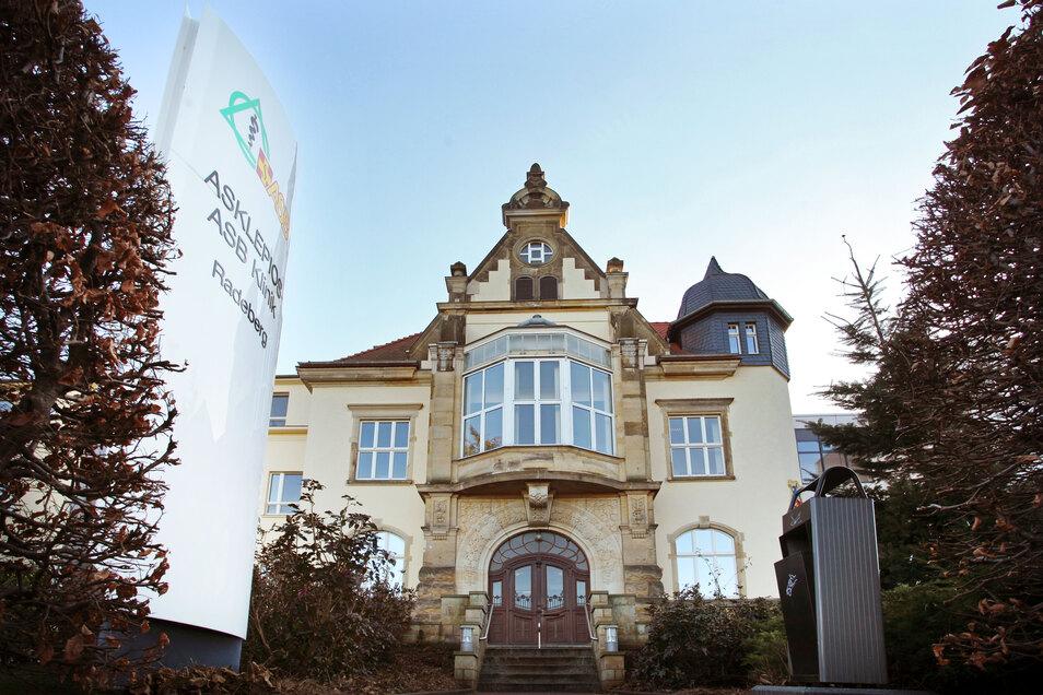 Die Asklepios-Klinik Radeberg bildet vermehrt Pflegekräfte aus.