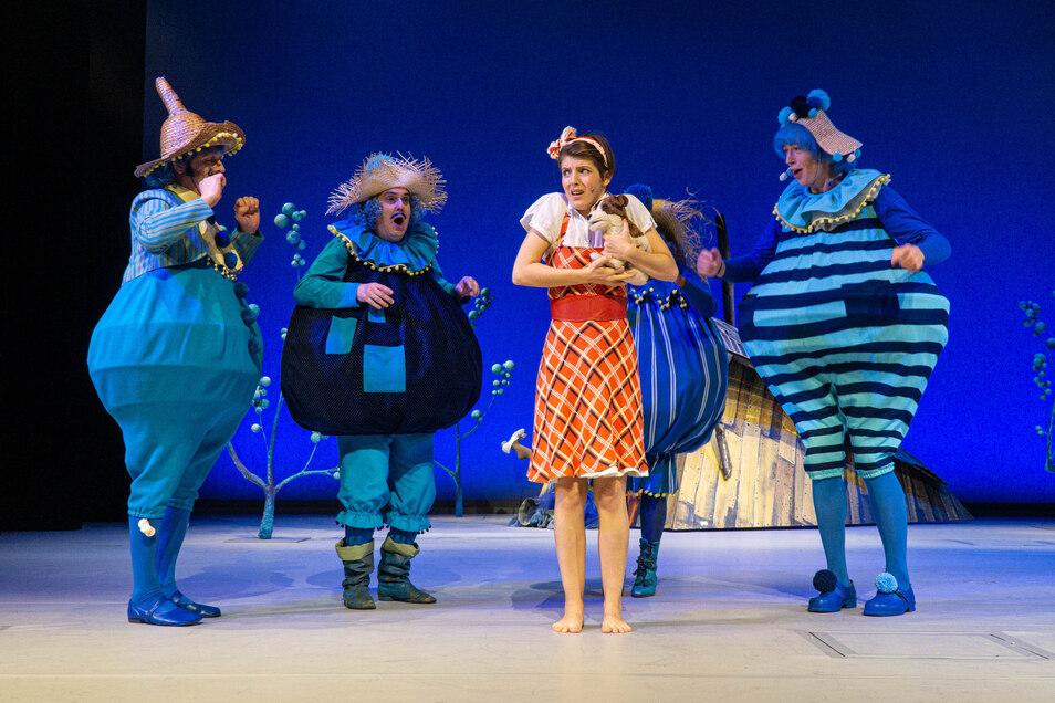 """Eintrittskarten für das Bautzener Theater - hier eine Szene aus dem Stück """"Der Zauberer der Smaragdenstadt"""" - kosten ab der neuen Spielzeit mehr als bisher."""