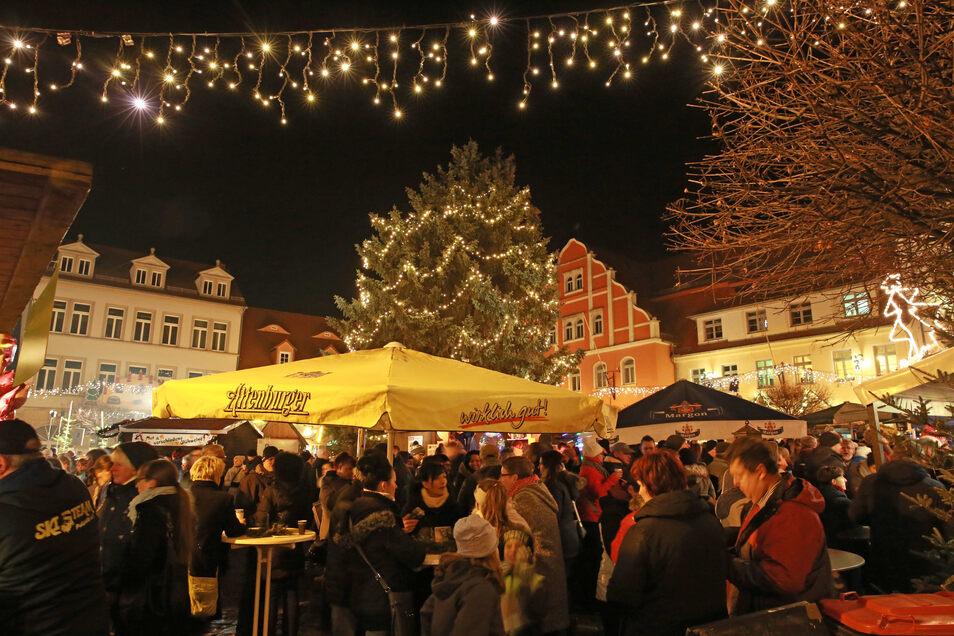 In romantischer Kulisse feiert Pulsnitz am Wochenende beim Nikolausfest in den Advent hinein.