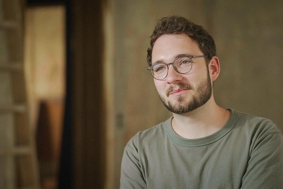 Der Schriftsteller Lukas Rietzschel fühlt sich in Görlitz, wo er seit sechs Jahren wohnt, heimisch.