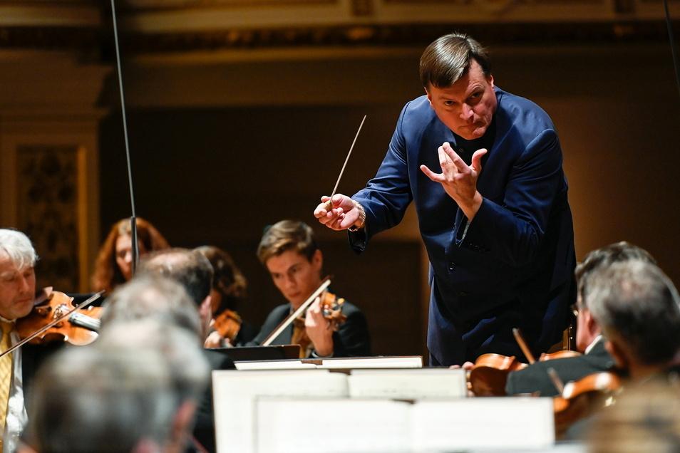 Maestro Christian Thielemann wird voraussichtlich nur bis 2024 Chefdirigent der Sächsischen Staatskapelle sein.