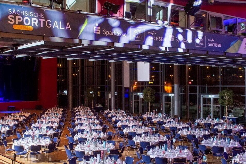 Leere Tische statt großer Party: Auch 2022 wird es corona-bedingt keine Sächsische Sportgala geben. Der Landessportbund hofft aber auf eine Wiederbelebung im Januar 2023.