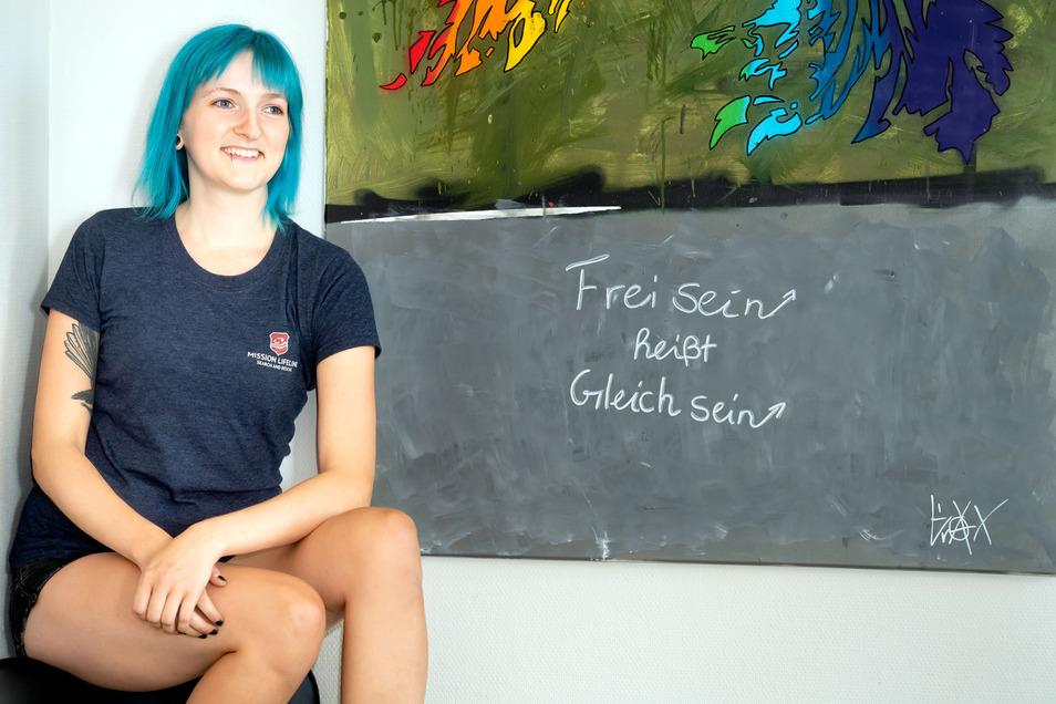 Für die gebürtige Schirgiswalderin Mechthild Stier sind Menschenrechte keine hohlen Phrasen, sondern eine Verpflichtung. Dafür kämpft die 28-Jährige – im Büro des Vereins Mission Lifeline genau wie auf dem Mittelmeer.