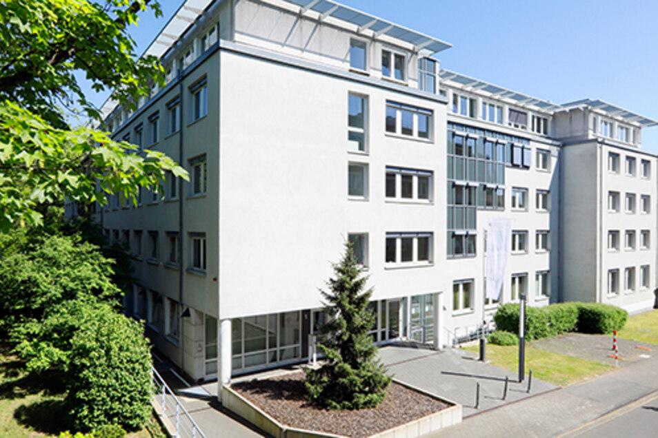 Das Bundeszentralamt für Steuern in Bonn erhielt einen Tipp ausgerechnet von Pilgrams früherem Arbeitgeber, der Strombörse EEX in Leipzig.