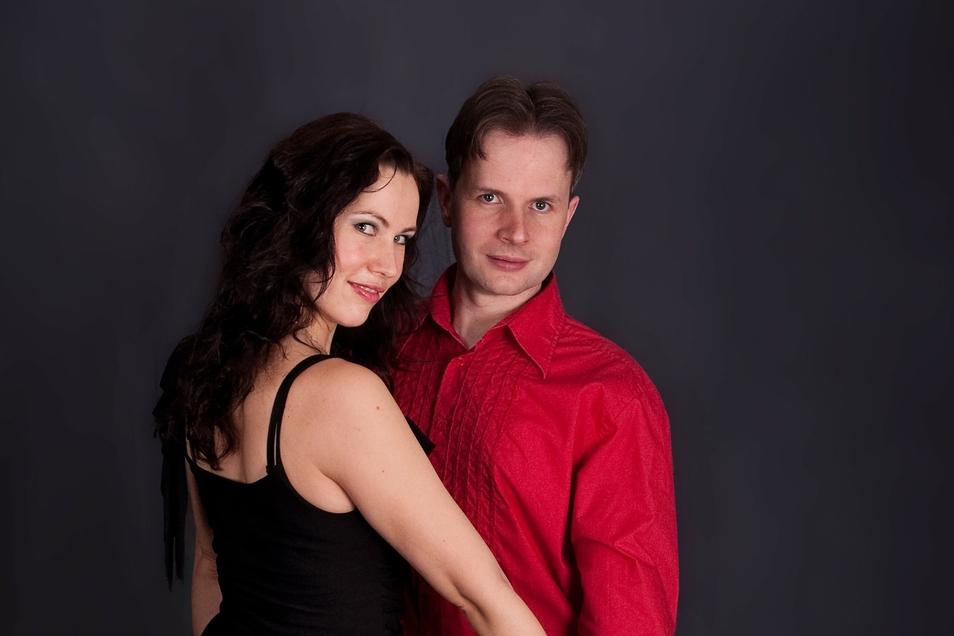 Dana Winter und Sandro Zinke betreiben seit 18 Jahren ihre Salsa-Tanzschule am Trachenberger Platz in Dresden.