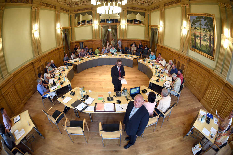 Hier, aus dem Rathaussaal, hätten die Sitzungen demnächst per Livestream übertragen werden können.