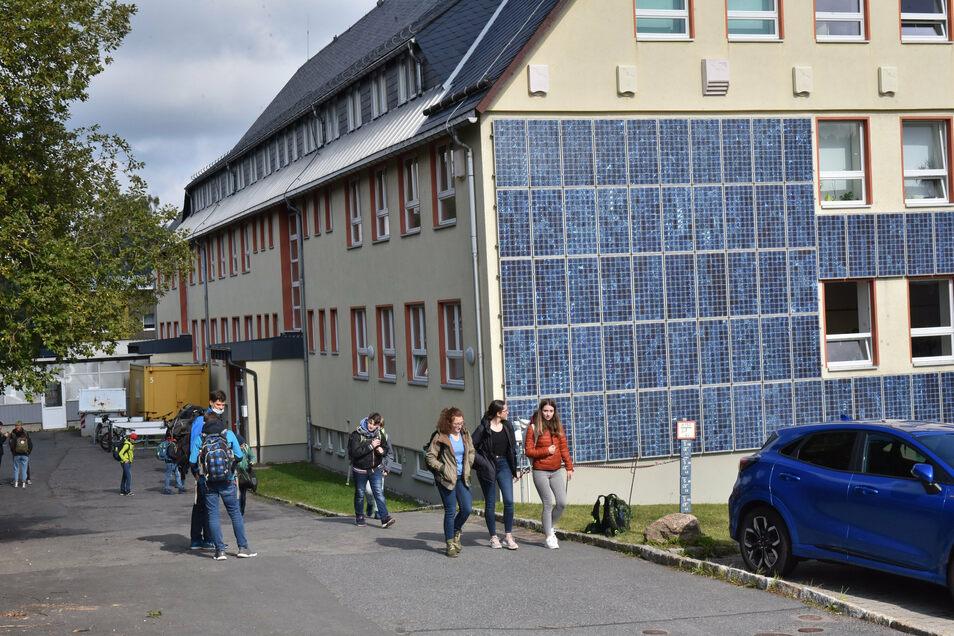 Das Altenberger Gymnasium und das Internat konnten nach den Herbstferien vollzählig starten.