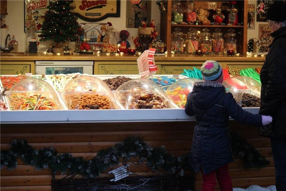 Ein Kindermagnet: einer der Süßigkeitenstände.