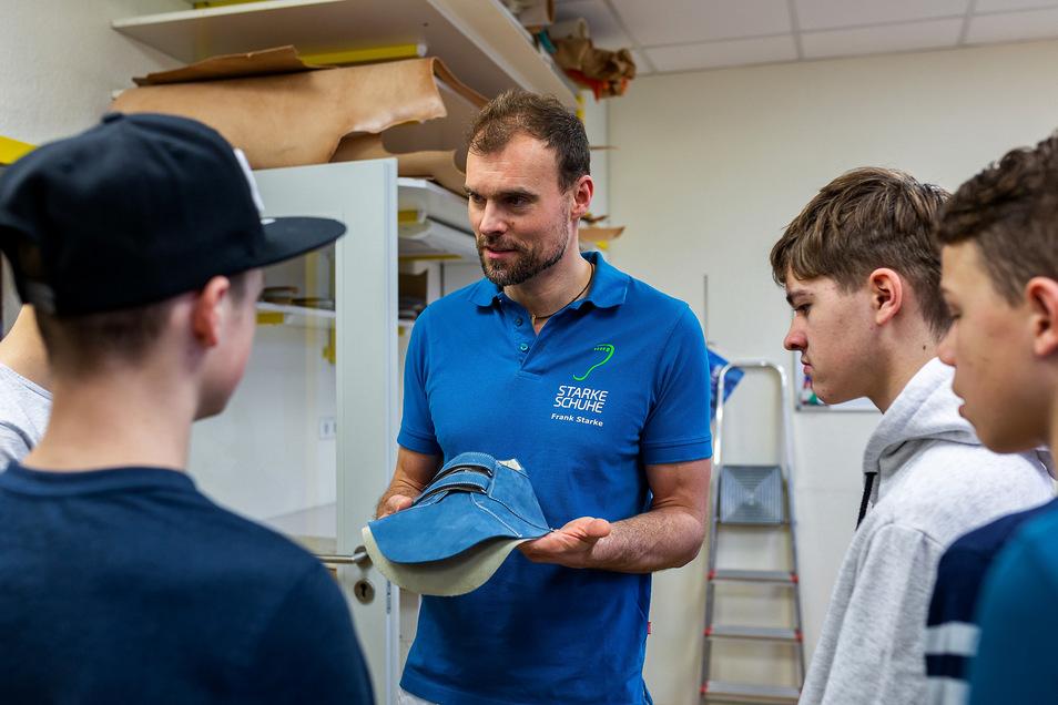 """Im vergangenen Jahr war auch die Orthopädieschuhtechnik Starke in Freital bei """"Schau rein!"""" mit dabei."""