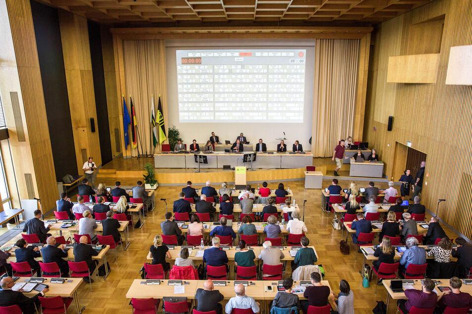 Am Donnerstag tagt der Dresdner Stadtrat im Plenarsaal des Rathauses.