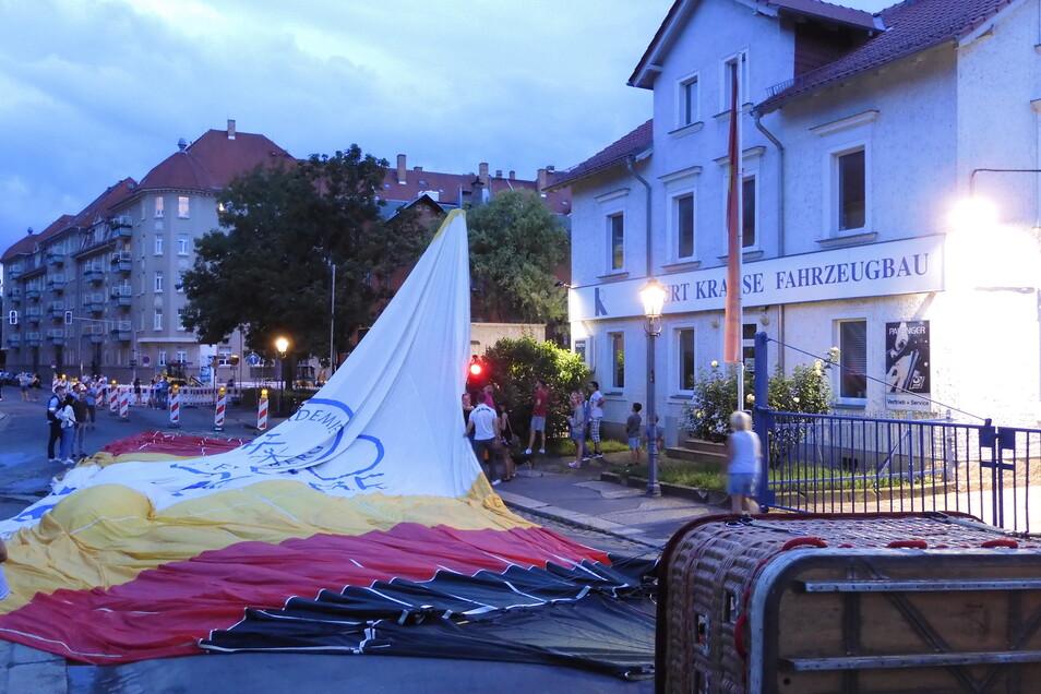 Der Ballon auf der Tittmannstraße in Dresden.
