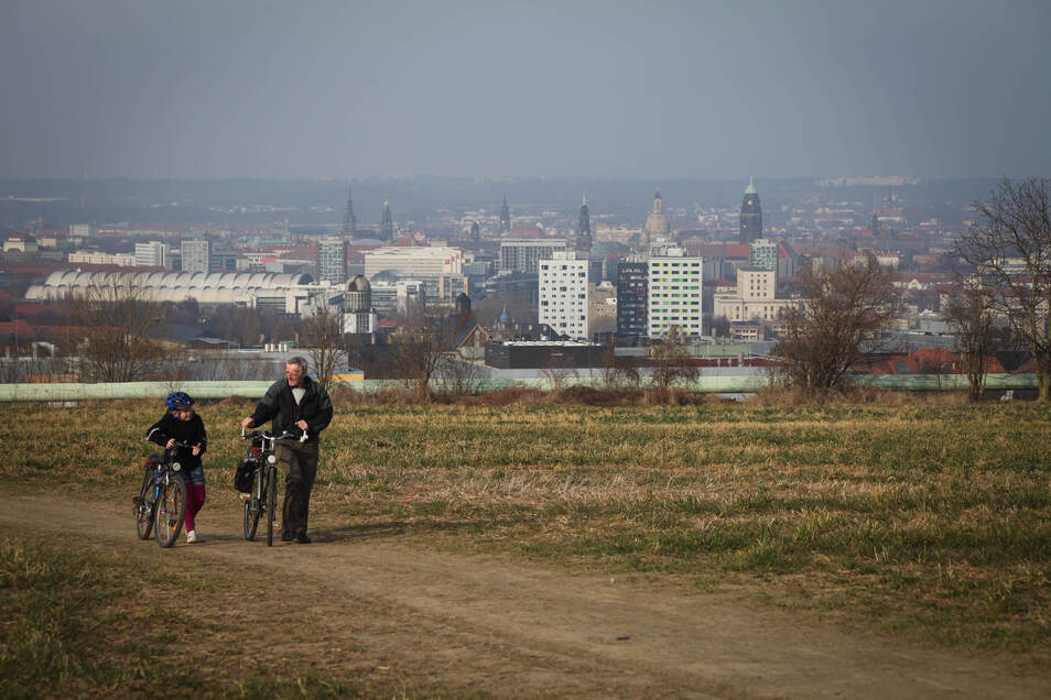 Der neue Südpark entsteht zwischen Kohlenstraße und Bergstraße. Wie sich nun herausstellt, wurde hier offenbar radioaktives Material abgelagert.