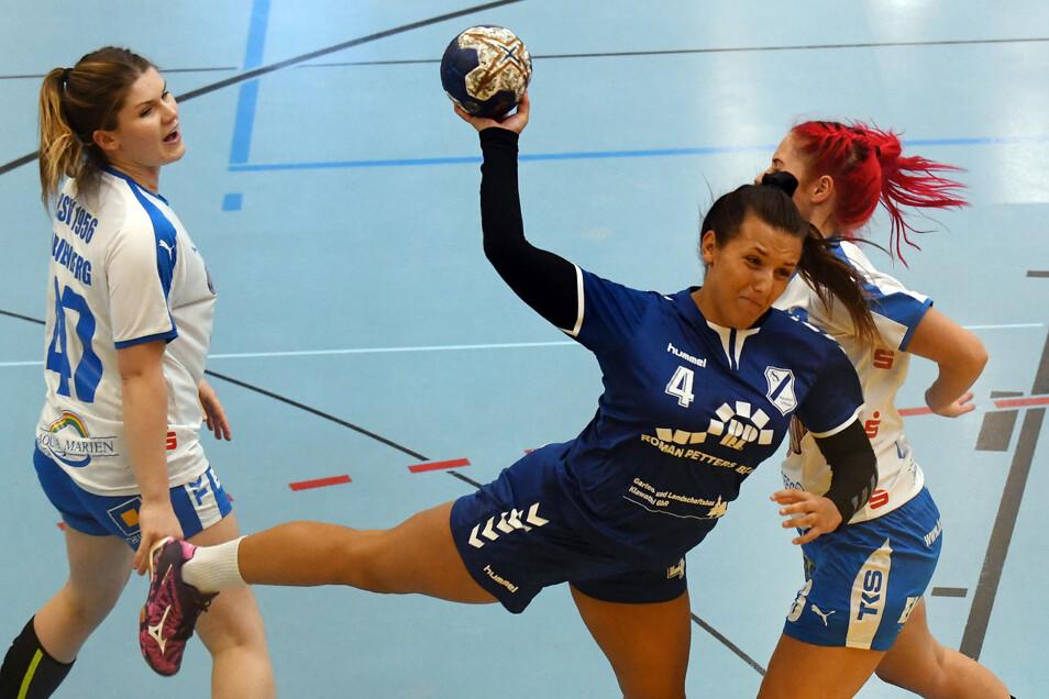 Zwei Tore erzielte Jessica Eisold für die Frauen der HSG Neudorf/Döbeln gegen Marienberg. Dennoch gab es eine klare Niederlage, die das Team am Wochenende hinter sich lassen will.
