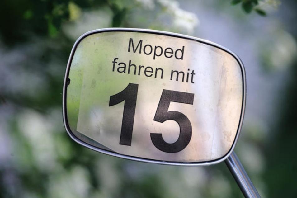 Der Moped-Führerschein mit 15 soll in Sachsen erhalten bleiben. Die Regierung arbeitet dran. (Archivfoto)