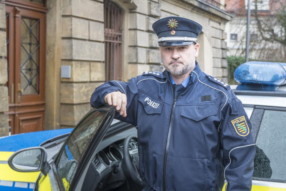Andreas Wnuck ist Chef des Polizeireviers Riesa. Seine rund 100 Beamten sind für den Altkreis Riesa inklusive Lommatzsch zuständig.
