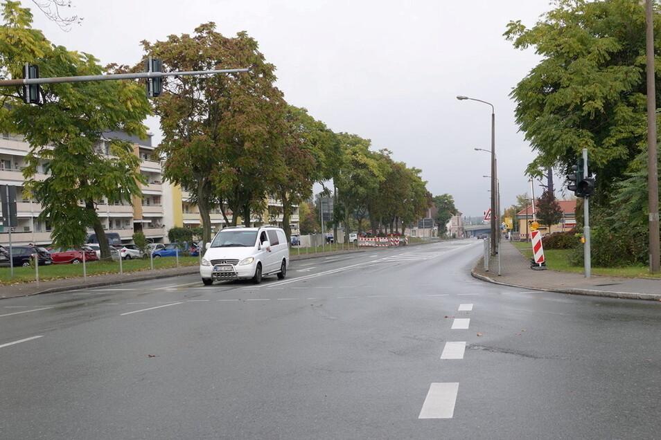 Seit Ende August war die Berliner Straße gesperrt. Nun ist die Fahrbahn wieder freigegeben.