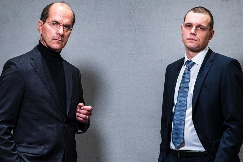 Wirecard-Chef Markus Braun (Christoph Maria Herbst) und Top-Manager Jan Marsalek (Franz Hartwig, r.).