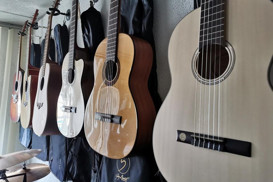Wer eine gewisse Auswahl an Instrumenten haben möchte, ist bei Raschs richtig.