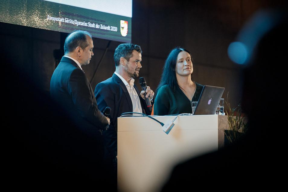 Wollen den Innovationscampus in Görlitz zum Erfolg führen: Oberbürgermeister Octavian Ursu, Innovationsmanager Christoph Scholze, Geschäftsführerin der Europastadt Görlitz/Zgorzelec, Andrea Behr.